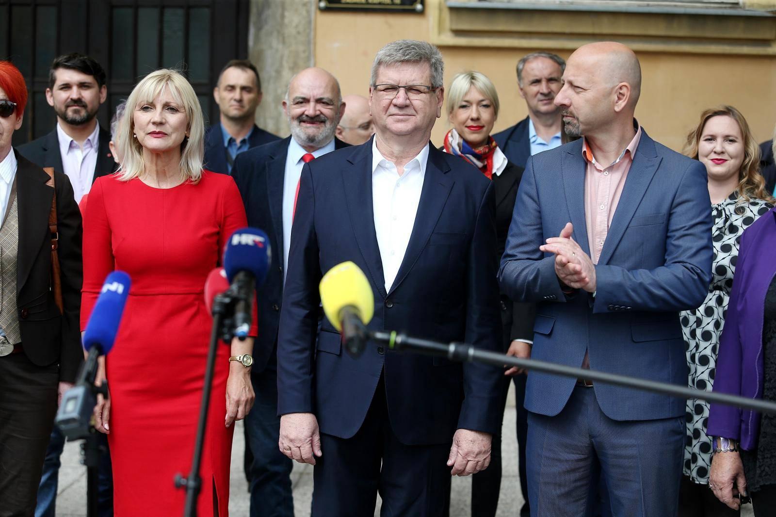 Zagreb: Konferencija za medije stranaka Demokrati i Hrvatski laburisti uoči izbora