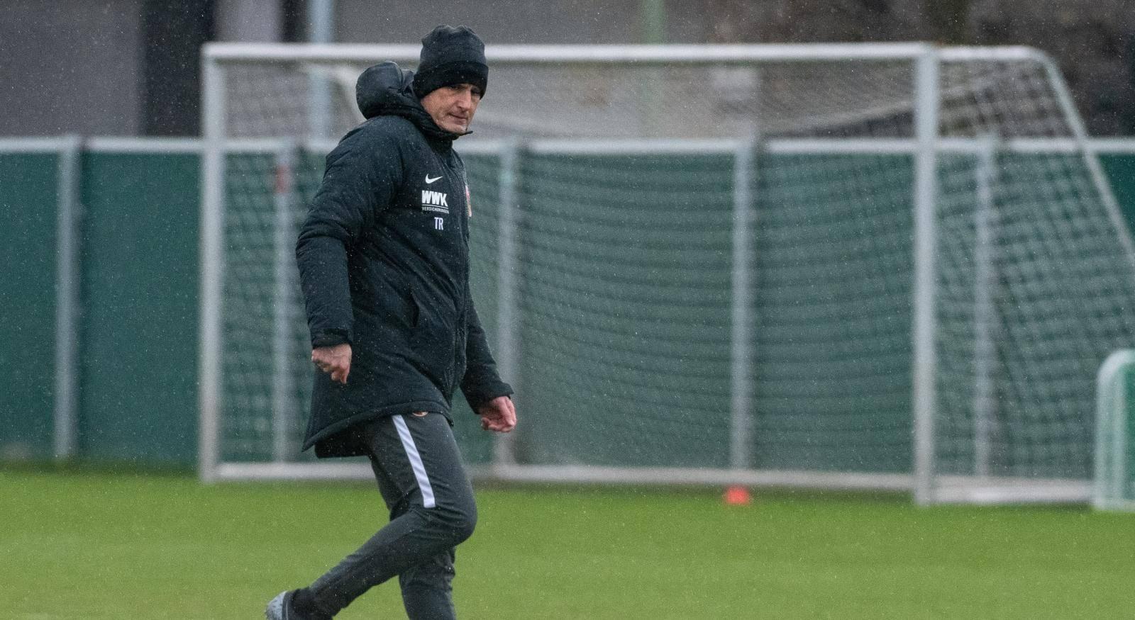 Heikio Beautifully coaches FC Augsburg