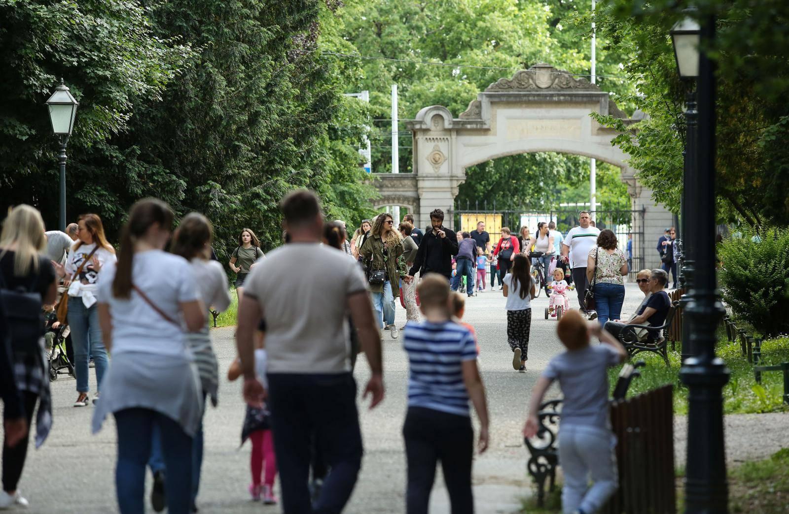 Zagreb: Nedjeljno poslijepodne u parku Maksimir
