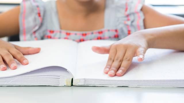 Svjetski dan Brailleovog pisma: Rade zakon o hrvatskoj brajici