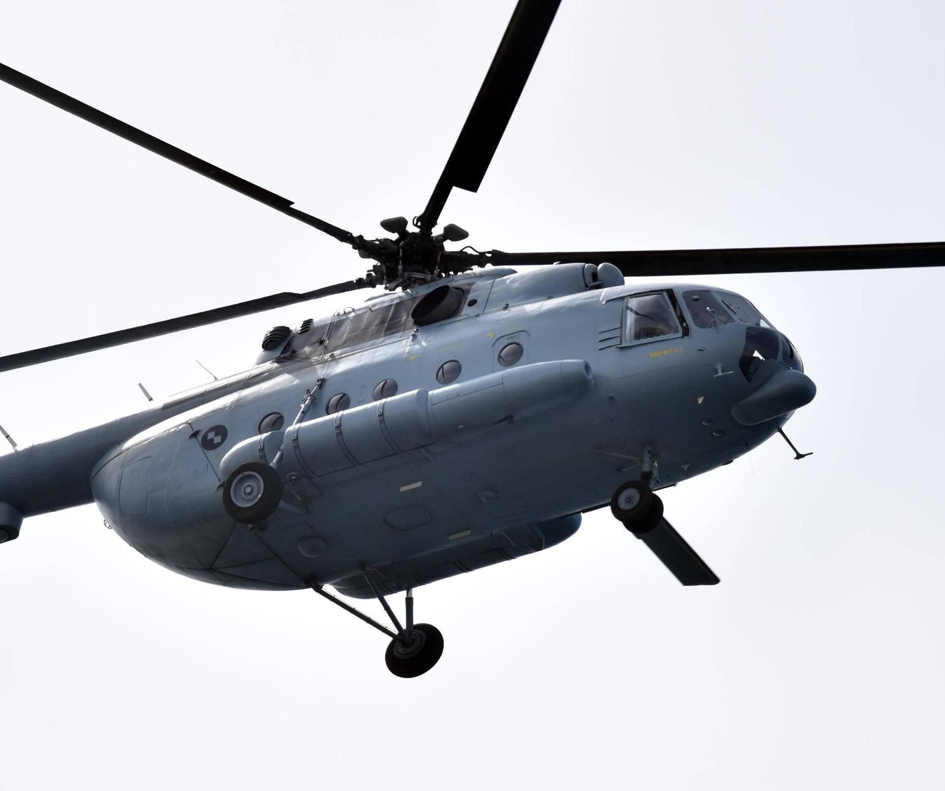 Vojnim helikopterom otišli u krivolov na vepra, MORH šutio