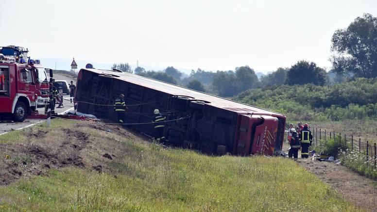 Preminulo deset ljudi, preko 30 je u bolnici. Poginuo je drugi vozač, koji nije vozio autobus...
