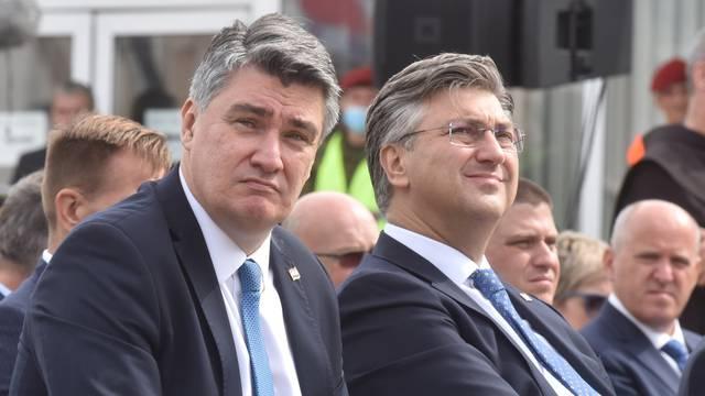 Polaganje vijenaca i govori Milanovića, Plenkovića, Jandrokovića i Gotovine u Kninu