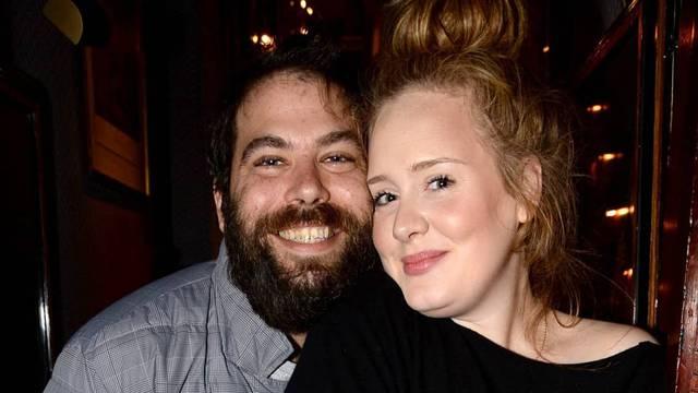Adele i bivši muž dijele njezine milijune: Blesava si, zeznuo te