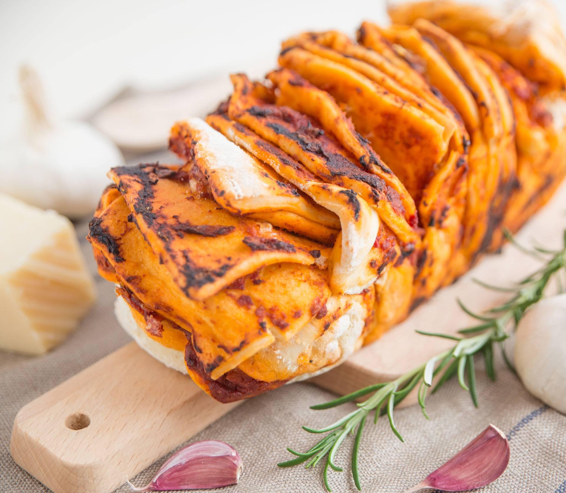 Pizza kruh: Fina delicija koju obožavaju mali i veliki gurmani