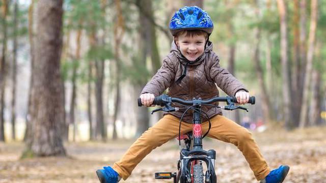 Koje su koristi vožnje bicikla za djecu i kako paziti na sigurnost