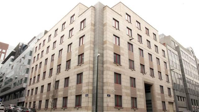 Vlada baca naše milijune kuna: 'Kupovina zgrade je šlamperaj'