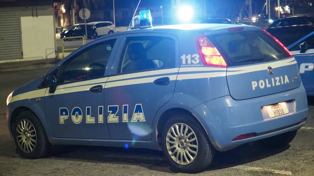 Calabria, attempted murder, wounded in the head a 26-year-old palace