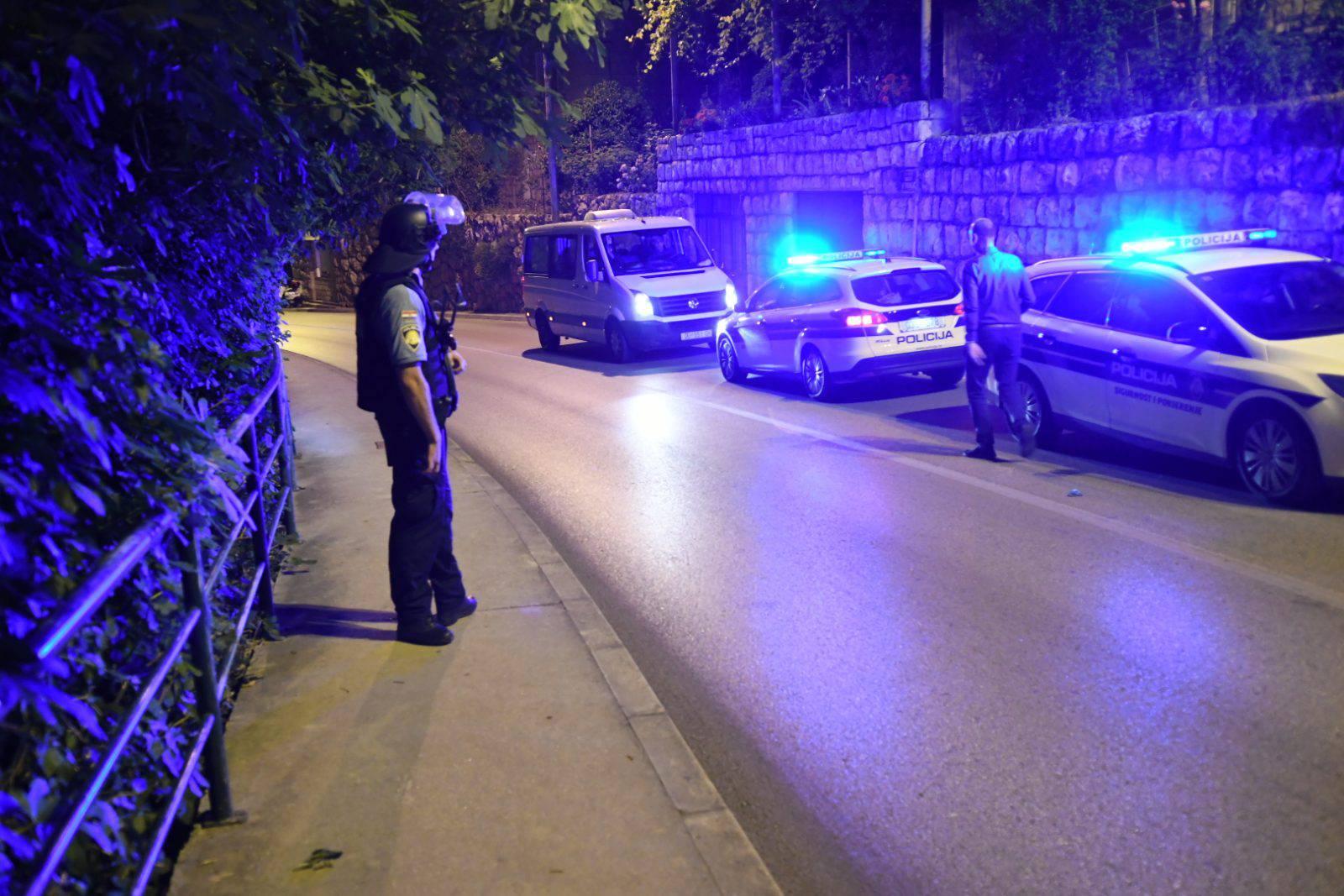 Sin pucao u roditelje, bore im se za život u dubrovačkoj bolnici