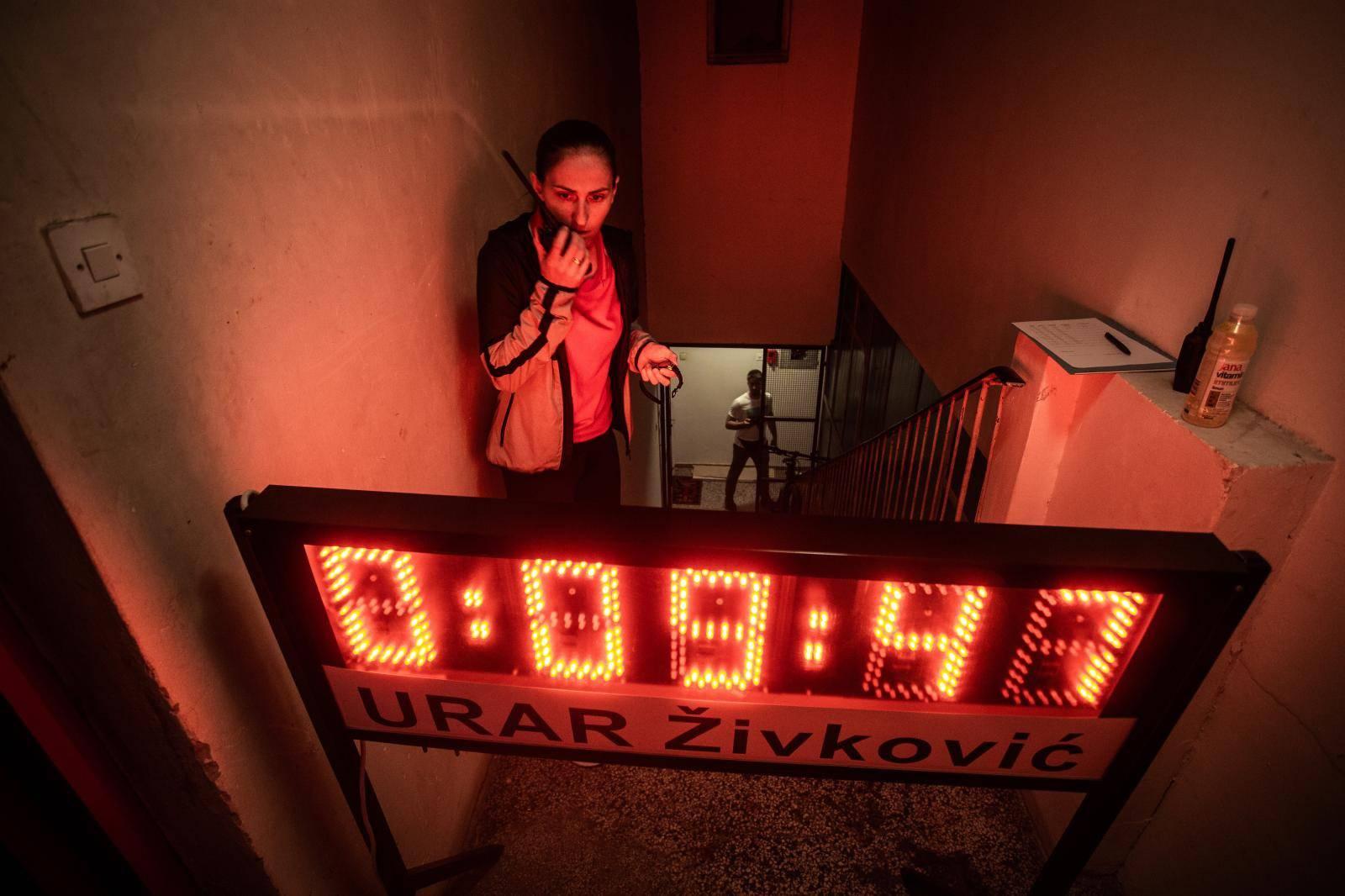 Osijek: Božidar Deodat Krešić pokušava oboriti svjetski rekord u najviše istrčanih katova
