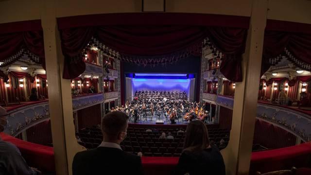 Kazališna sezona HNK Split otvorena je Gala koncertom opernih arija