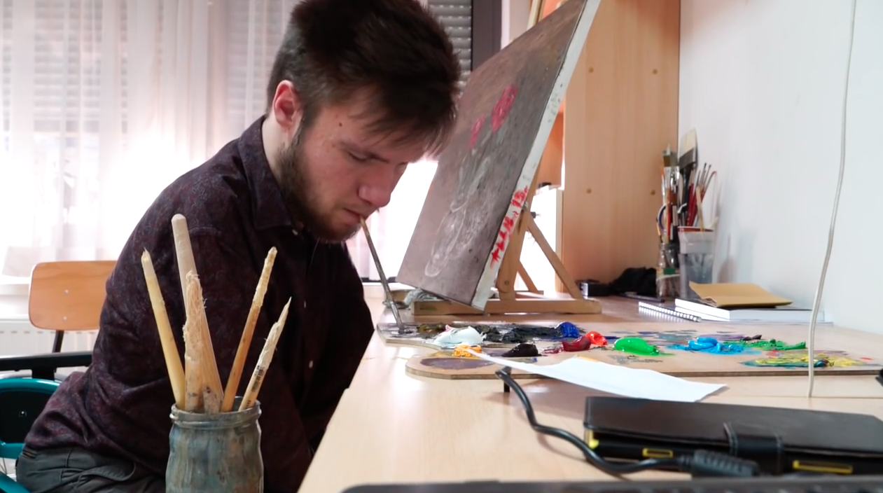 Za Alena ne postoje prepreke: Prvi akademski slikar ustima
