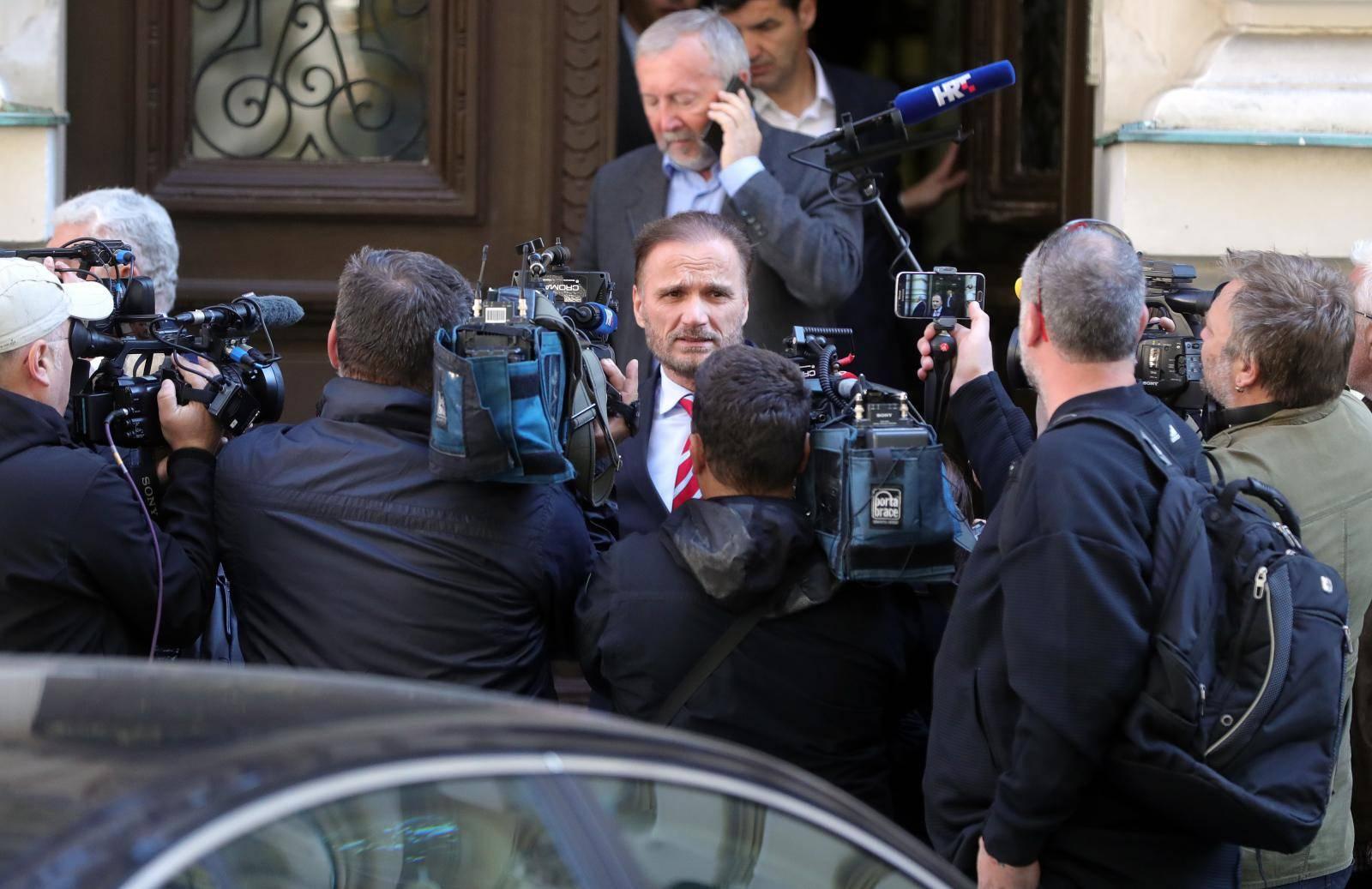 Produljila im pritvor 60 dana, odvjetnici napustili sudnicu