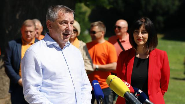 Varaždin: Štromar i Divjak održali zajedničku konferenciju za medije