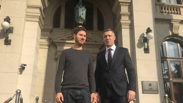 Za rigidne desničare iz Dvera, četnički šegrt Vučić je - ustaša