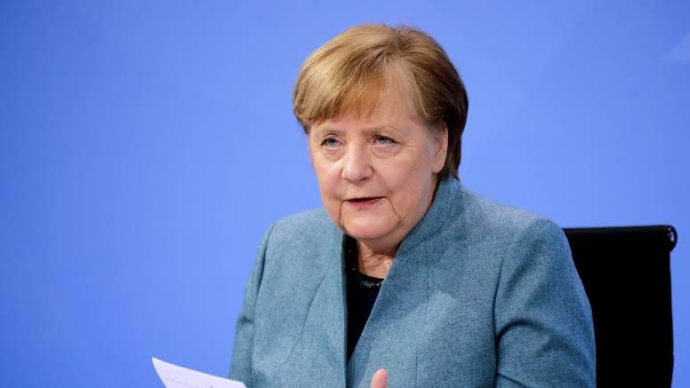 Merkel uvjerava da će do jeseni za sve u Njemačkoj biti cjepiva