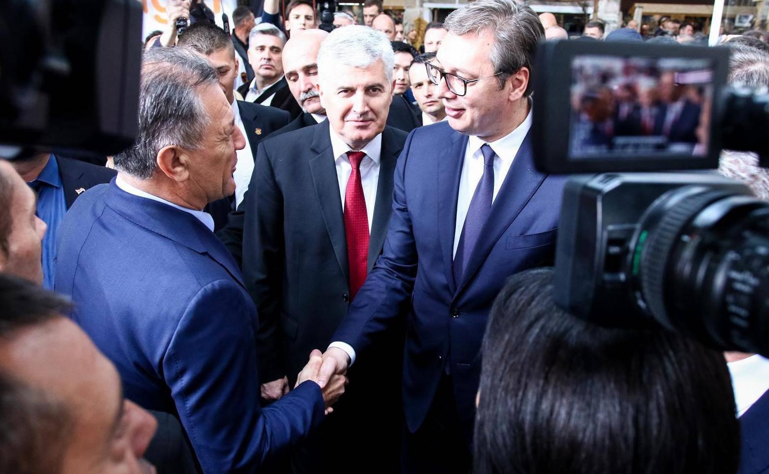 Mamiću se u Mostaru ispunila želja: Upoznao se s Vučićem