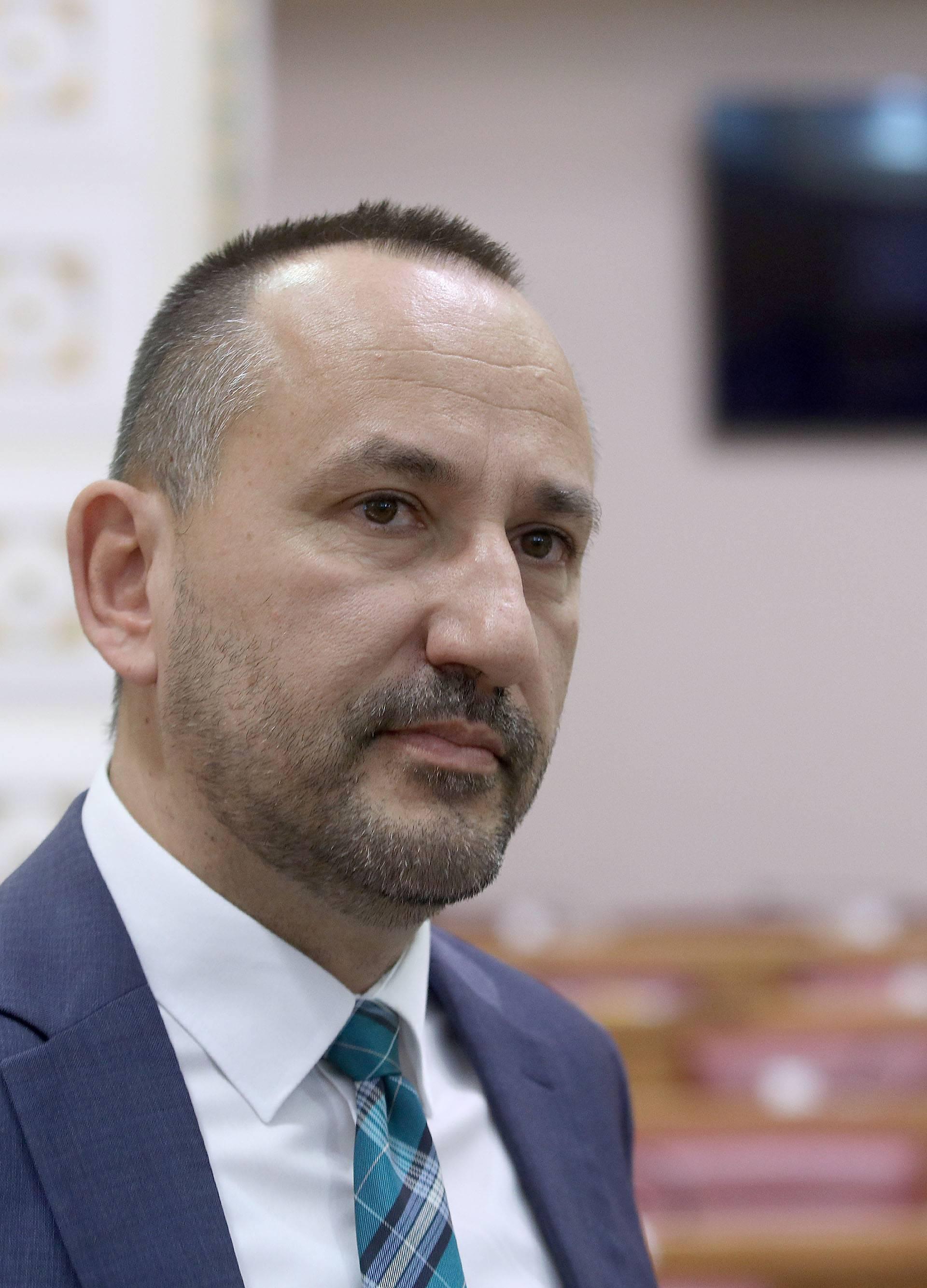 Zagreb: Sabor sjednicu nastavio raspravom o poslovanju Fonda hrvatskih branitelja