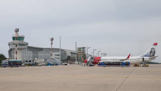 Milijunti putnik u Čilipe sletio je šest dana ranije nego lani