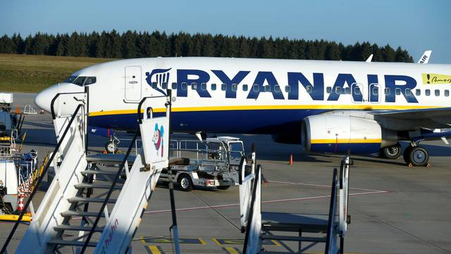 FILE PHOTO: Ryanair pilots and cabin crew stage a 24-hour strike in Germany