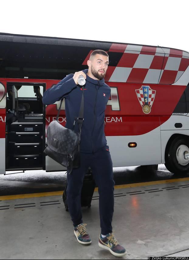 Zagreb: Hrvatski nogometni reprezentativci otputovali na Cipar na utakmicu kvalifikacija za SP