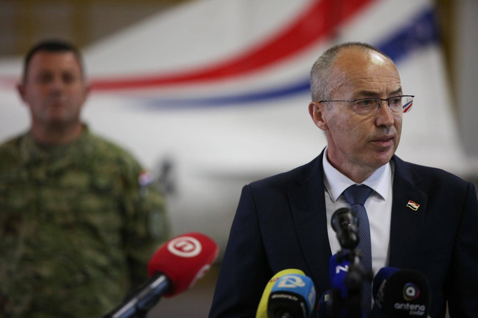 Zemunik: MORH otkrio tko su poginuli piloti, ministar Krstičević podnio ostavku