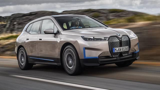 Novi iX je drugačiji BMW koji izgleda kao da je iz budućnosti