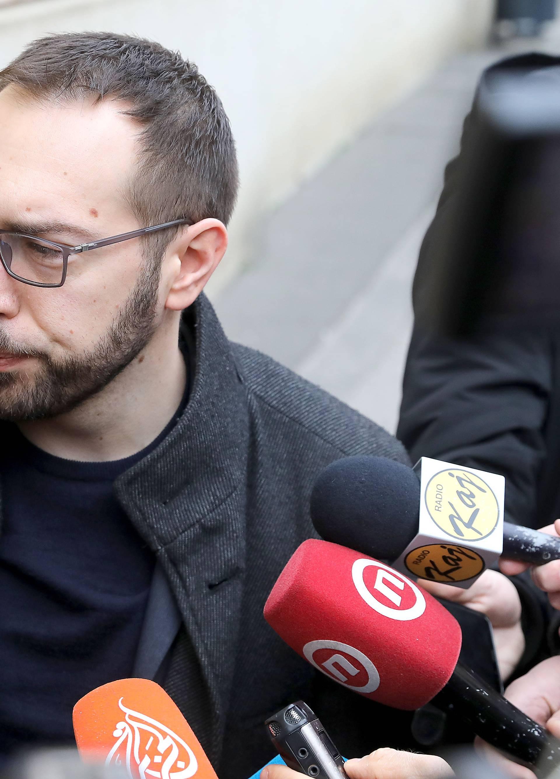 Zagreb: Dolazak zastupnika na sjednicu Gradske skupštine