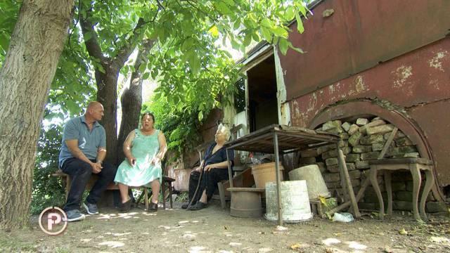 Našao izgubljenu sestru: Živi u raspadnutom vagonu, pomozite