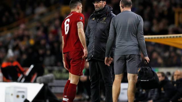Dupla nevolja: Liverpool ispao iz kupa, a Lovren se ozlijedio