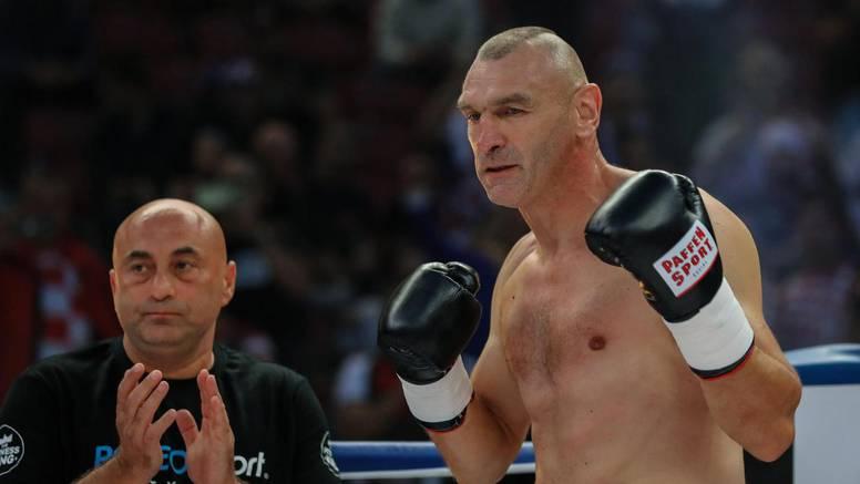 Mavrović: Sretan sam, malo je ljudi s 50 godina ušlo u ring...