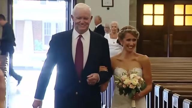 Dirljivo: Do oltara ju je odveo čovjek koji nosi srce njenog oca