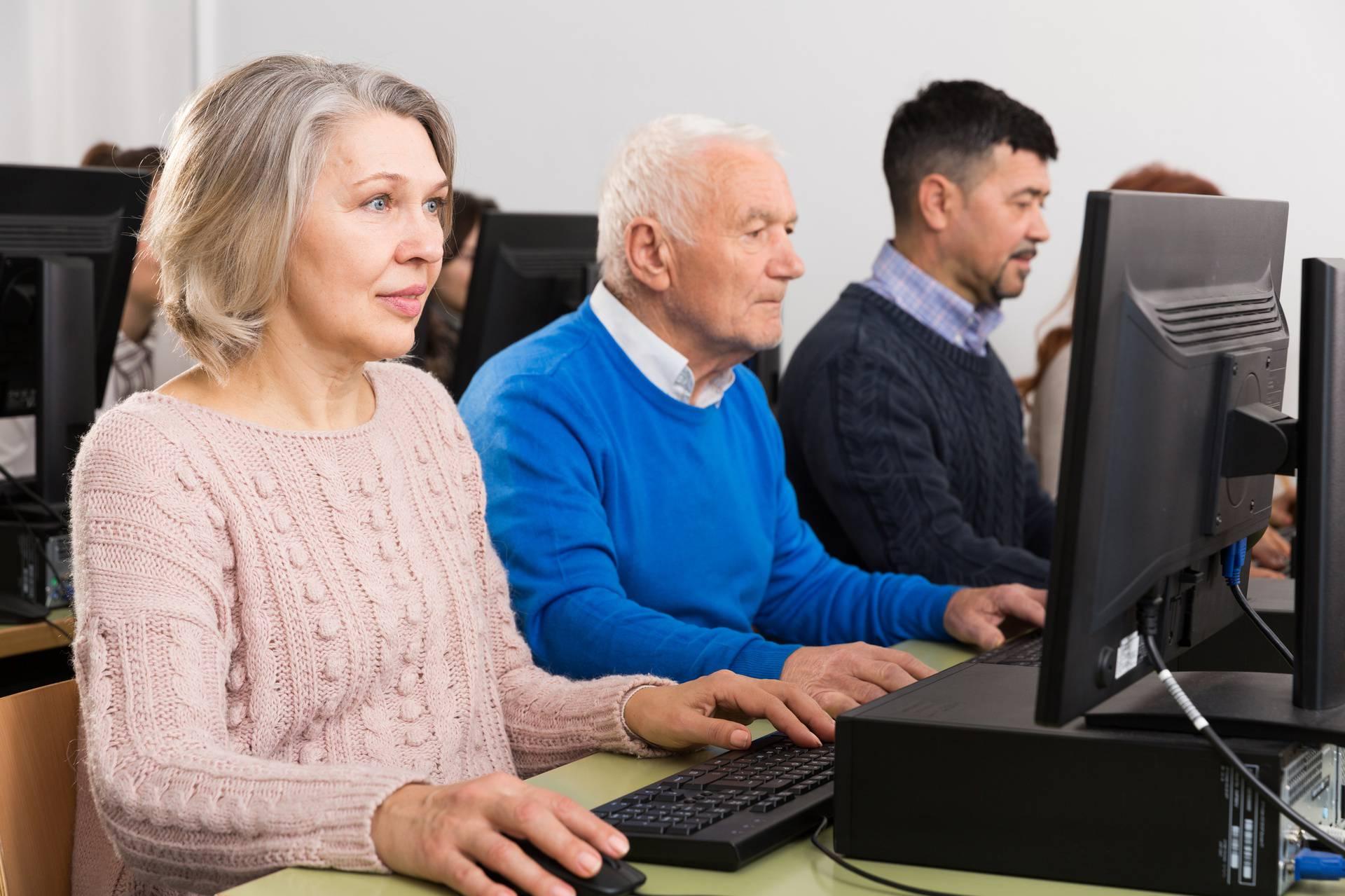 Sve više starijih zaposlenika se diskriminira na poslu zbog dobi