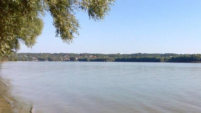 Užas u Vojvodini: Dva dječaka skočila u Dunav da se okupaju, nisu znali plivati i utopili se