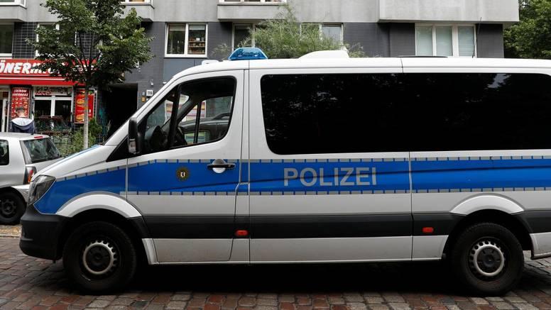 Njemačka: Upali u stanove neonacista, uhićeno devetero