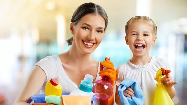 I oni imaju rok trajanja: Znakovi koji pokazuju da biste trebali baciti proizvode za čišćenje