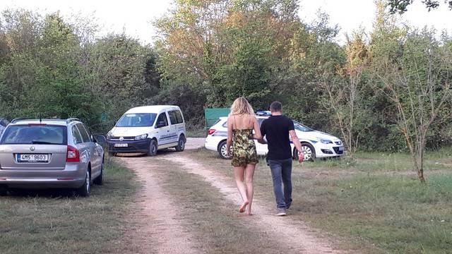 U Rovinju otkrili ilegalni kamp u kojem se nalazilo 30 gostiju