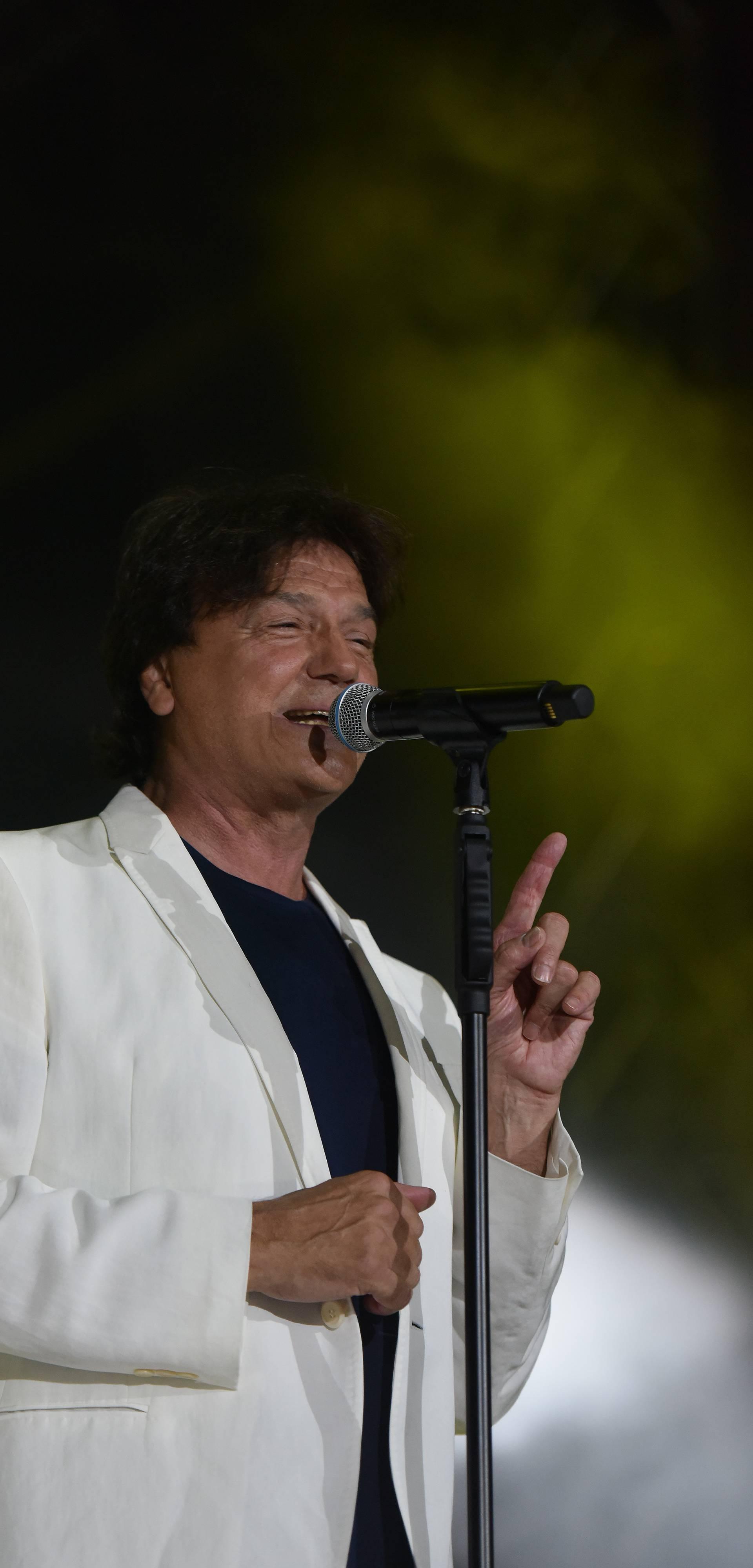 Koncert Zdravka Čolića u puskoj Areni