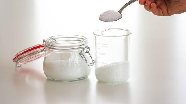 Odlični trikovi za čišćenje kuće u kojima glavnu ulogu ima sol