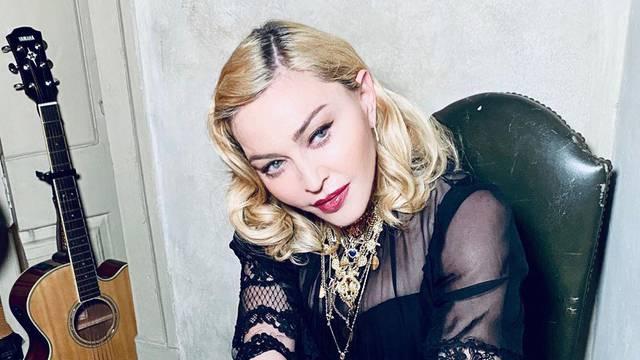 Umjesto od Maradone, Twitter je pun oproštaja od Madonne...