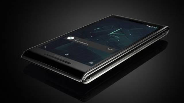 Zlato i dijamanti: Biste li kupili ovaj telefon od 150.000 kuna?