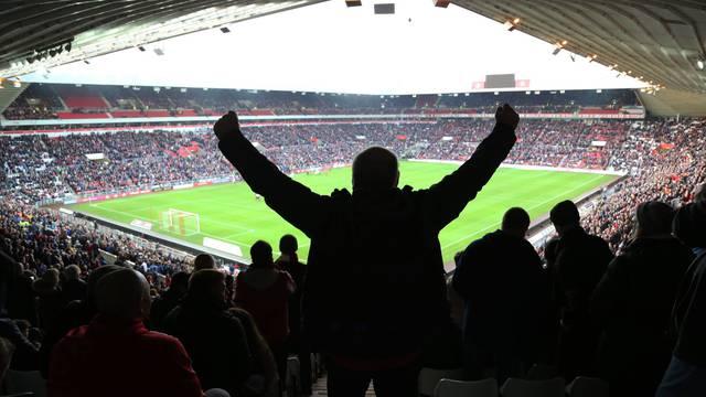 Ovo mogu samo Englezi! Treća liga, a na stadionu 46.000 ljudi
