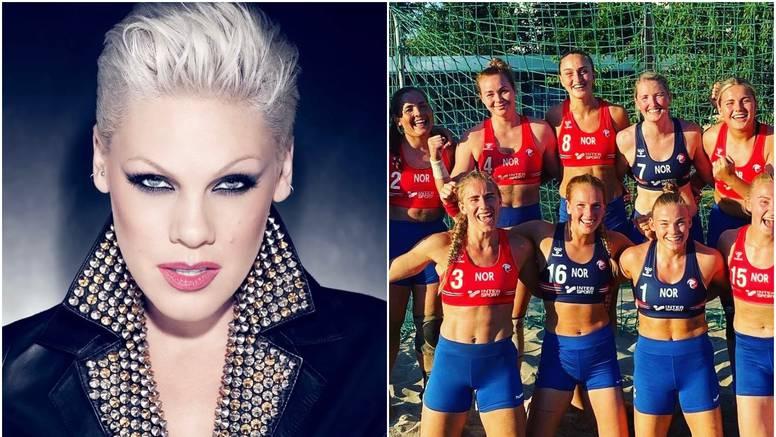 Pink ponudila plaćanje kazne za norveške rukometašice koje su odbile nositi uske bikini gaćice