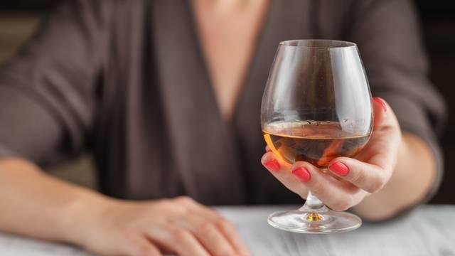 Zbog previše alkohola tijekom blagdana osjećamo tjeskobu
