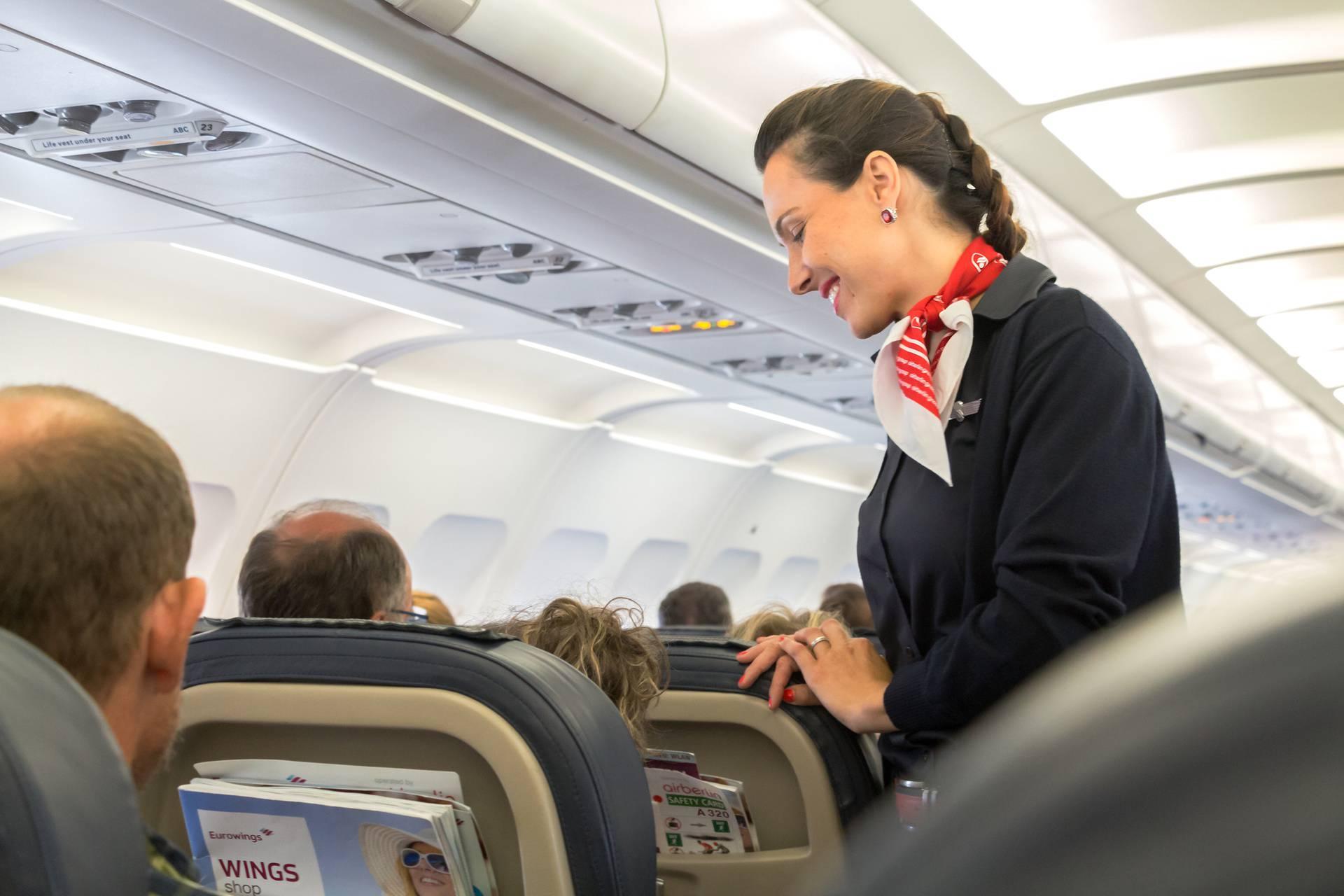Što stjuardese prvo primijete na vama: Hoćete li biti problem, poseban slučaj ili  'gnjavator'?