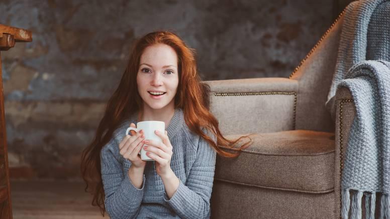Liječnici su otkrili računaju li se šalice kave i čaja kao unos vode