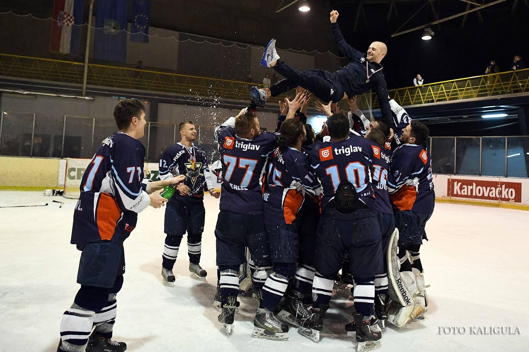 Zagrebov ortoped - hokejaš osvojio je naslov i davne 1996.