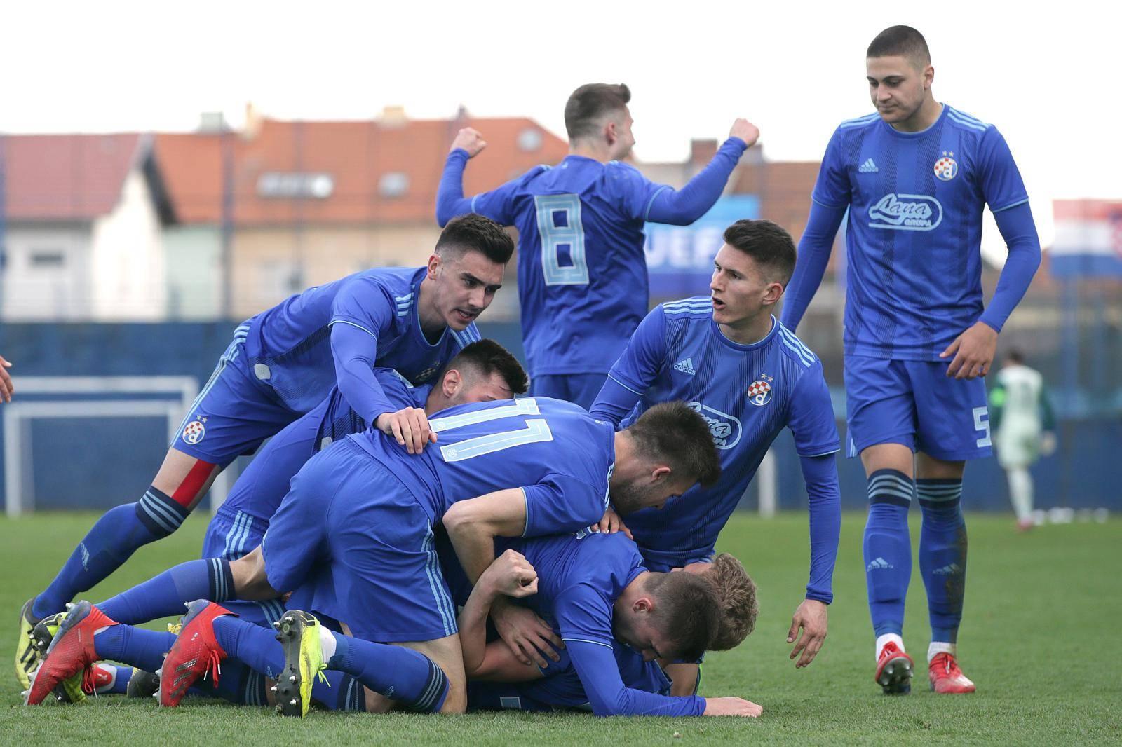 Finale Lige prvaka 23. kolovoza u Lisabonu, Dinamovi 'fakini' igraju u Nyonu 16.-25. kolovoza!
