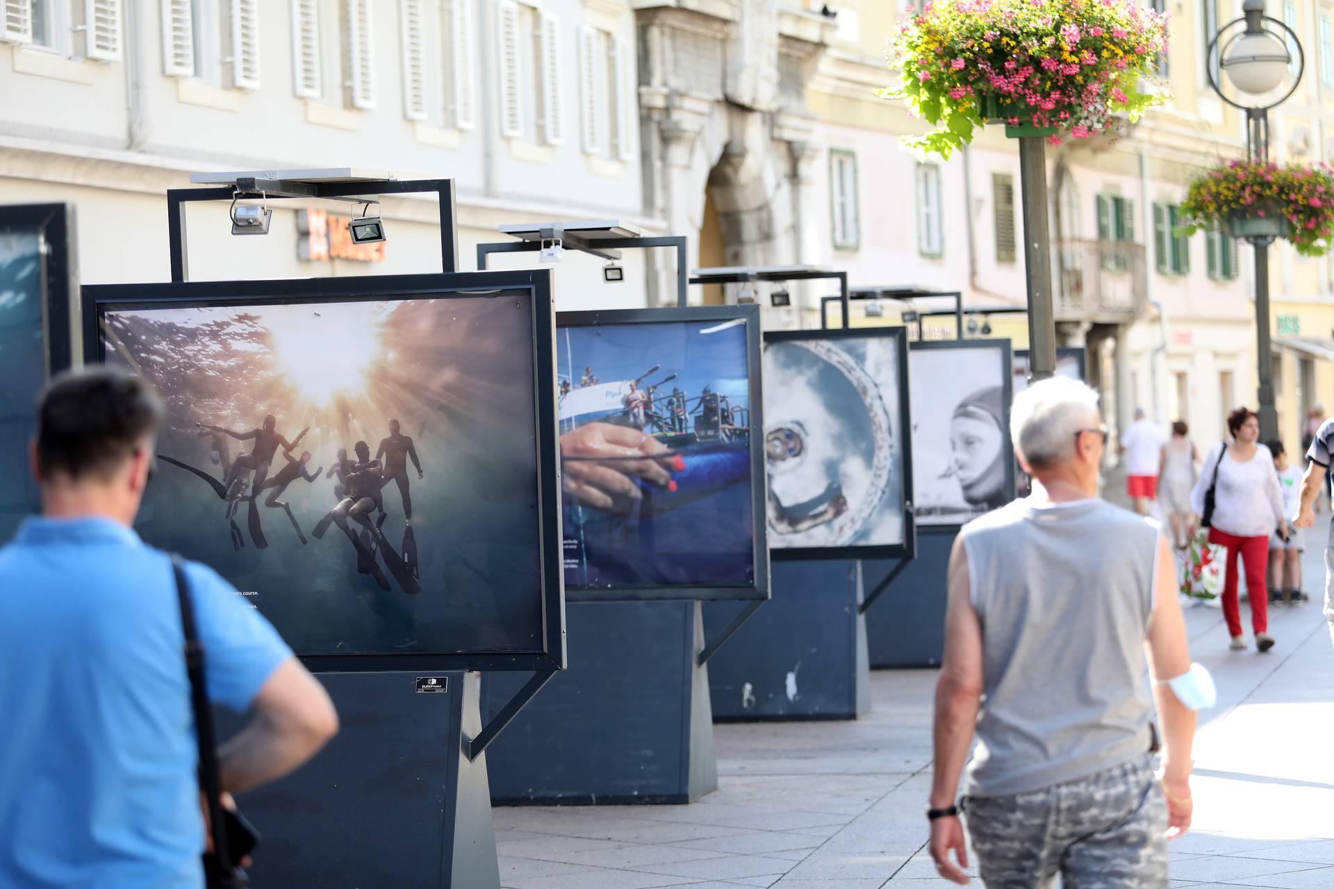 Rijeka: Na Korzu otvorena izložba fotografija Udah