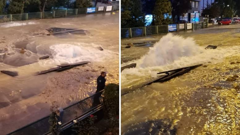 VIDEO Ovako je počela poplava na Trešnjevci: 'Čuo sam prasak, voda je šikljala 4 metra u zrak!'